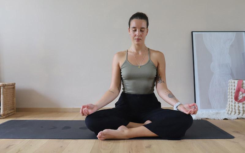 Kerstin-Koegler-Sunday-Yoga-rocks