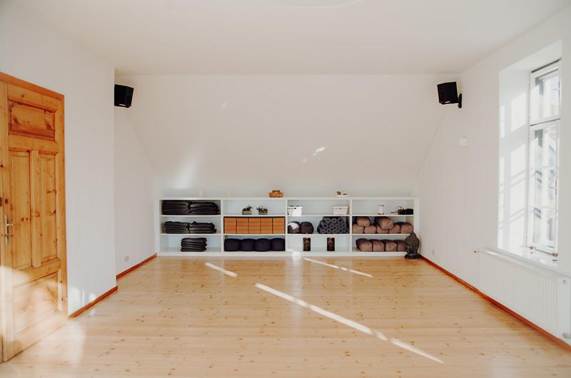 Kleiner Fitness und Yogaraum im Superactive Studio