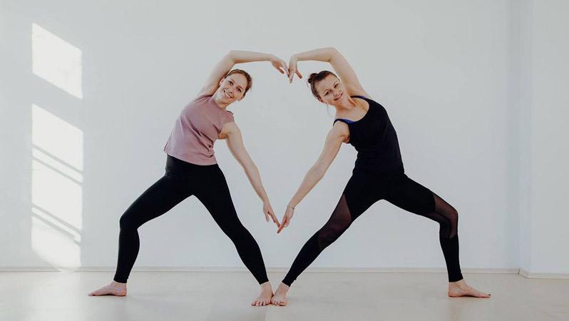 Valentines Partner Yoga Workshop